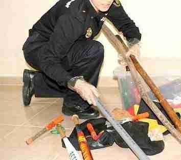 Material encautado Policía