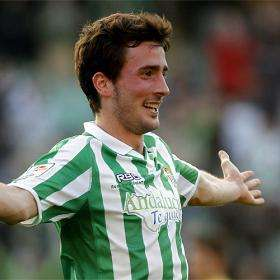 Miki Roqué celebra gol Betis