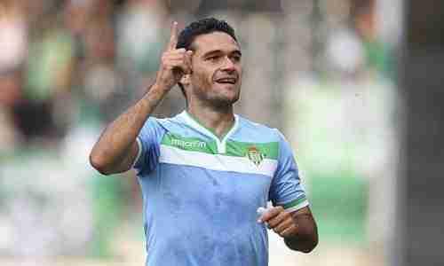 Jorge Molina celebra gol del Real Betis