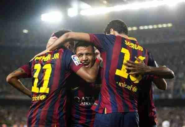 Alexis Sánchez celebra gol Madrid con Neymar y Busquets