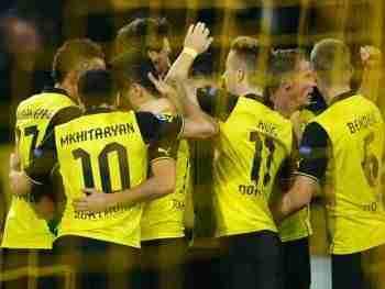 Borussia de Dortmund celebra gol