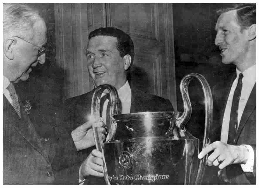 Jock Stein, el célebre entrenador del Celtic Glasgow.