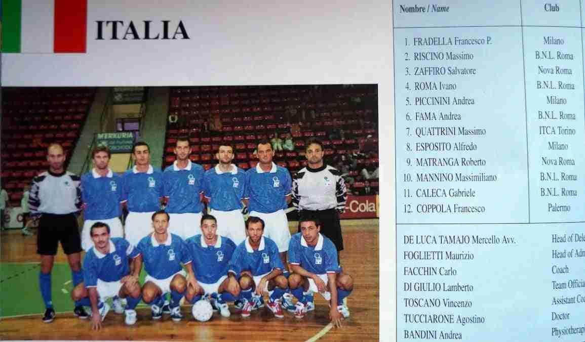 La selección de Italia en el programa oficial del III Mundial FIFA Fútbol Sala España 1996.