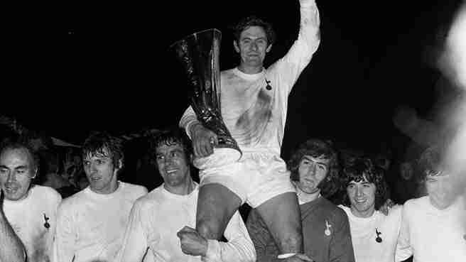 Tottenham celebración UEFA a los Wolves
