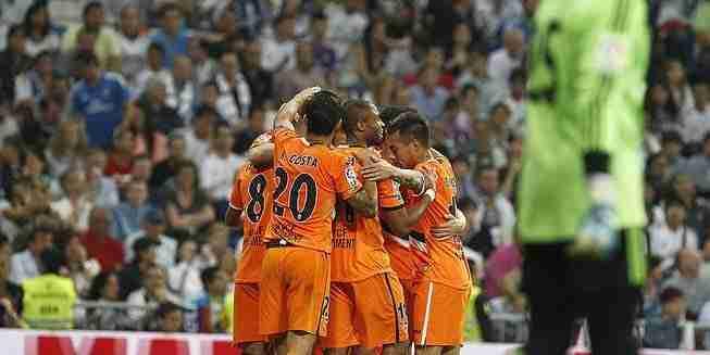 Valencia celebra gol empate en Madrid