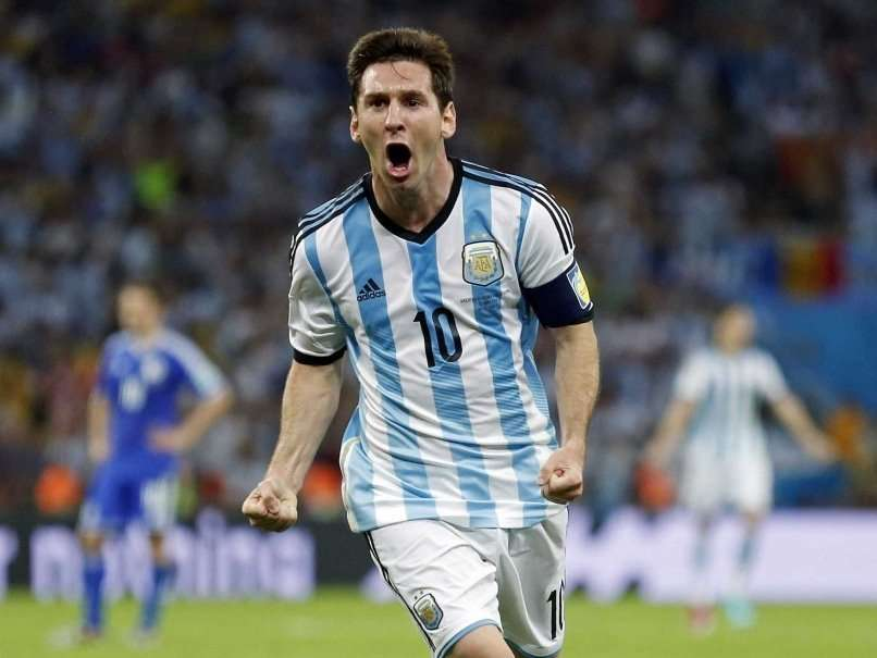 Lionel Messi celebra gol Argentina