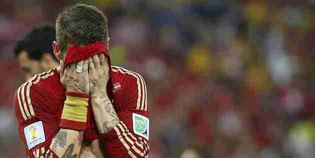 Sergio Ramos desesperado España Chile