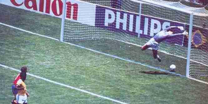Gol de Michel contra Brasil