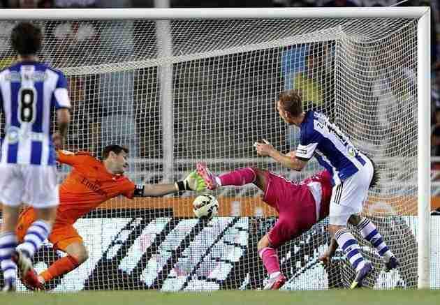 Casillas recibe gol Real Sociedad