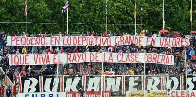 Pancarta bukaneros Rayo Vallecano