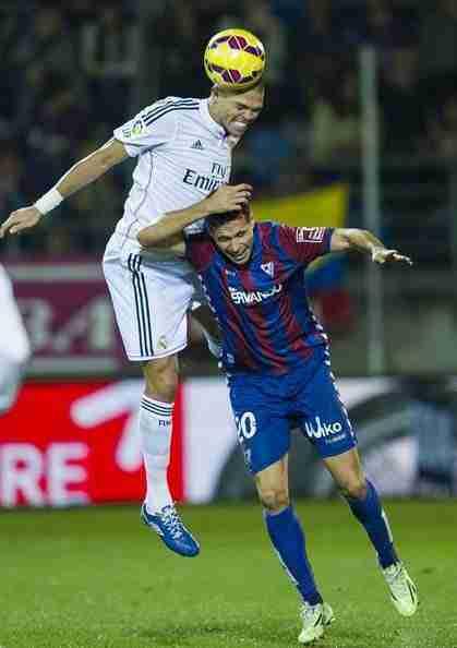 Pepe cabecea Eibar Real Madrid