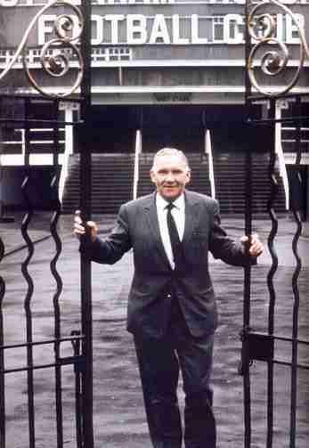 Nicholson entrenador Tottenham