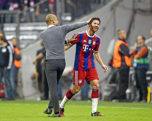 Guardiola y Xabi Alonso