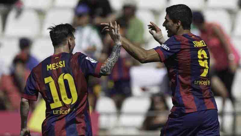 messi suarez celebran gol cordoba
