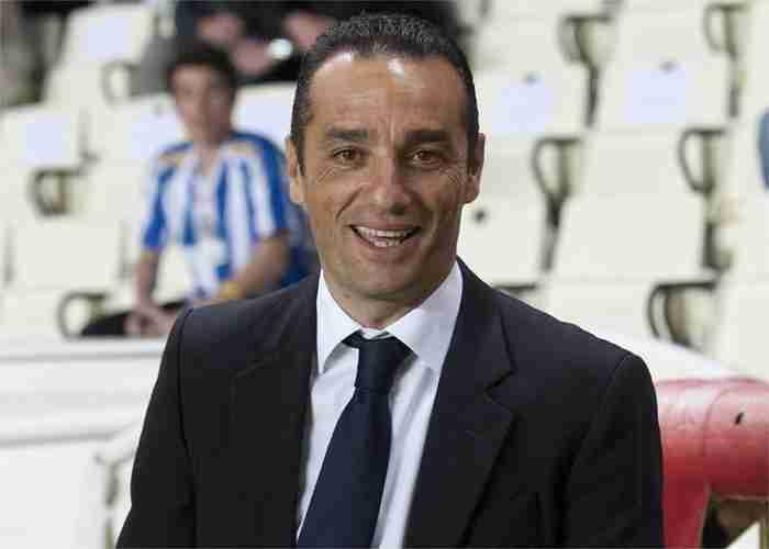 José Luis Oltra liga adelante