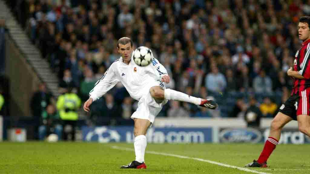 Zidane volea