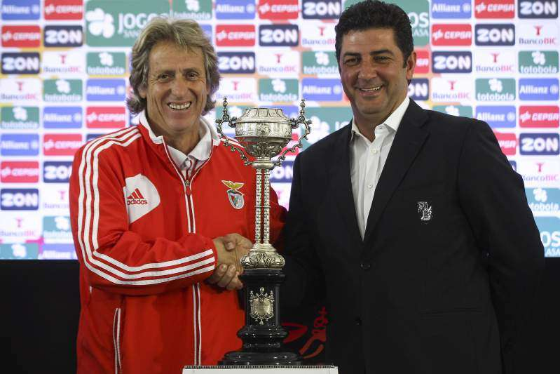 Jorge Jesus y Vitoria Benfica y Guimaraes