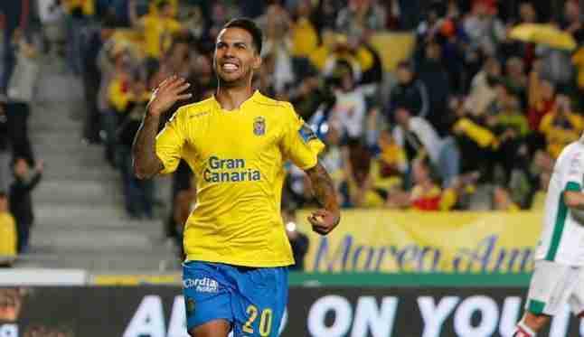 Jonathan Viera celebra gol Las Palmas