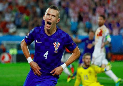 Ivan Perišić celebra gol Croacia