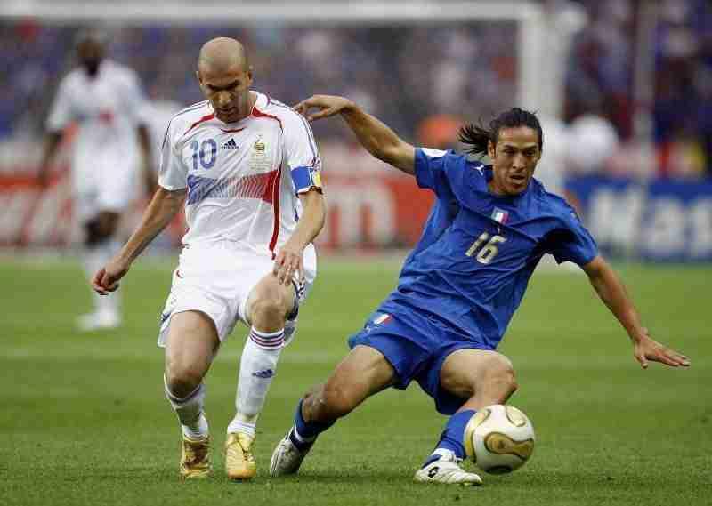 Zidane y Camoranesi Mundial