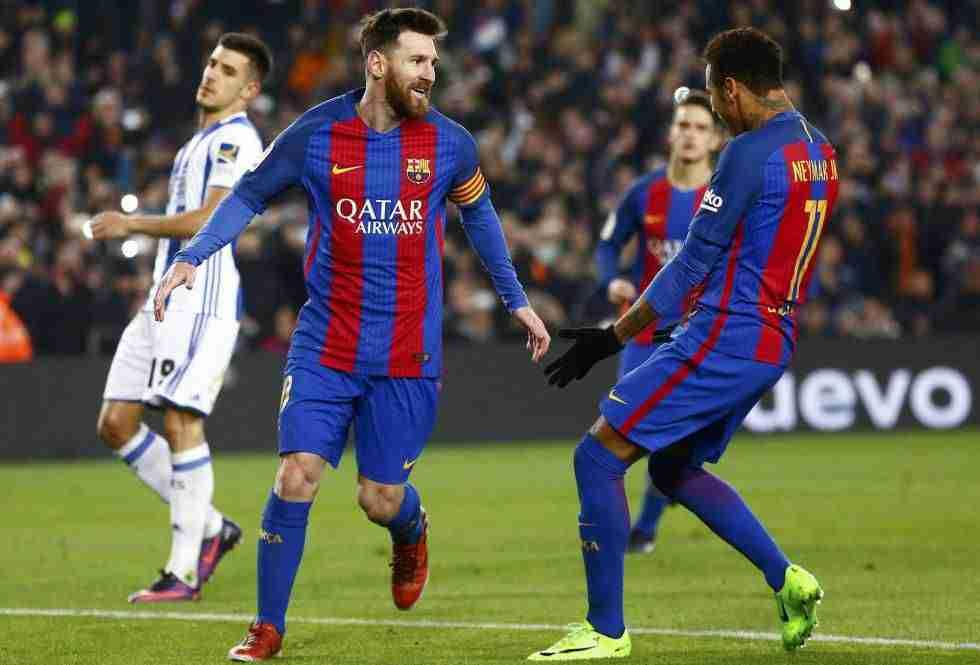 Leo Messi celebra con Neymar gol Real Sociedad