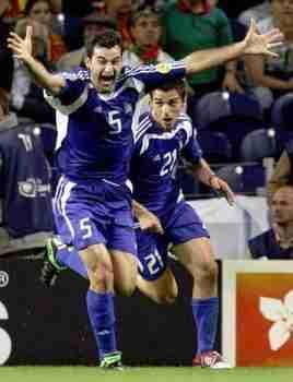 Dellas celebrando el Gol Grecia