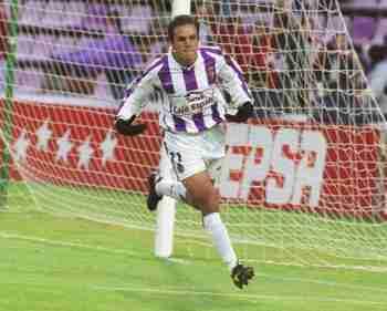 Cuauhtémoc Blanco celebra gol Valladolid