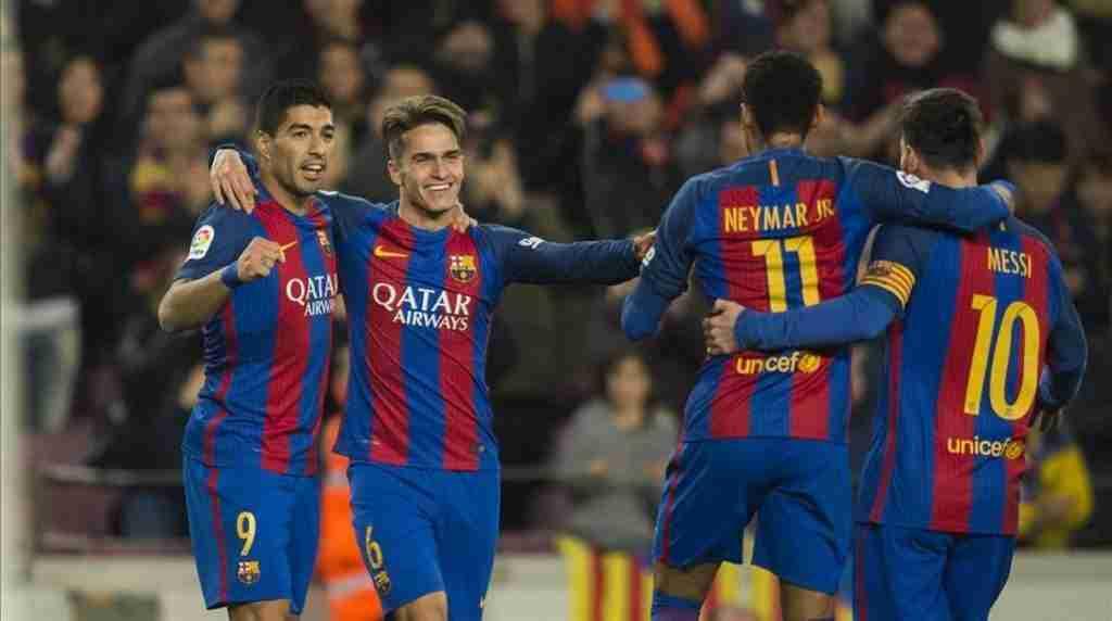 Suárez,Denis,Neymar y Messi celebran gol