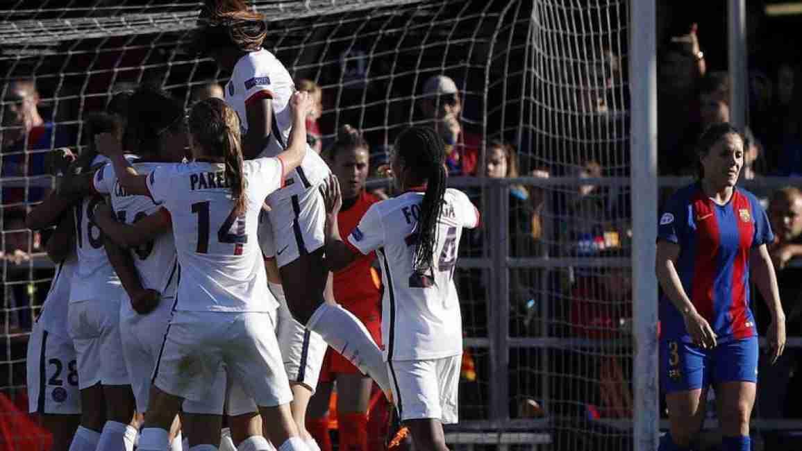 PSG femenino celebrando uno de los goles