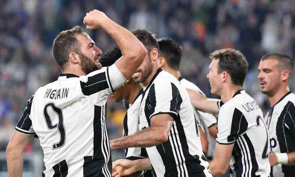 Higuaín celebra gol Juventus