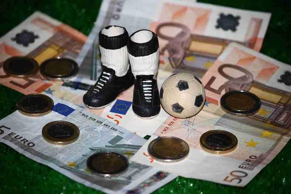 Fútbol y dinero