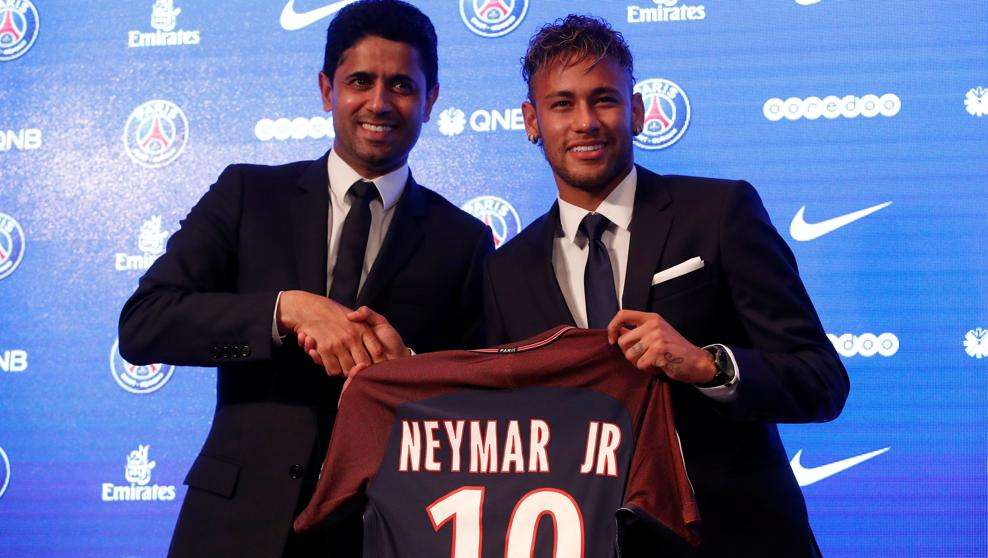 Al Khelaifi y Neymar presentación PSG