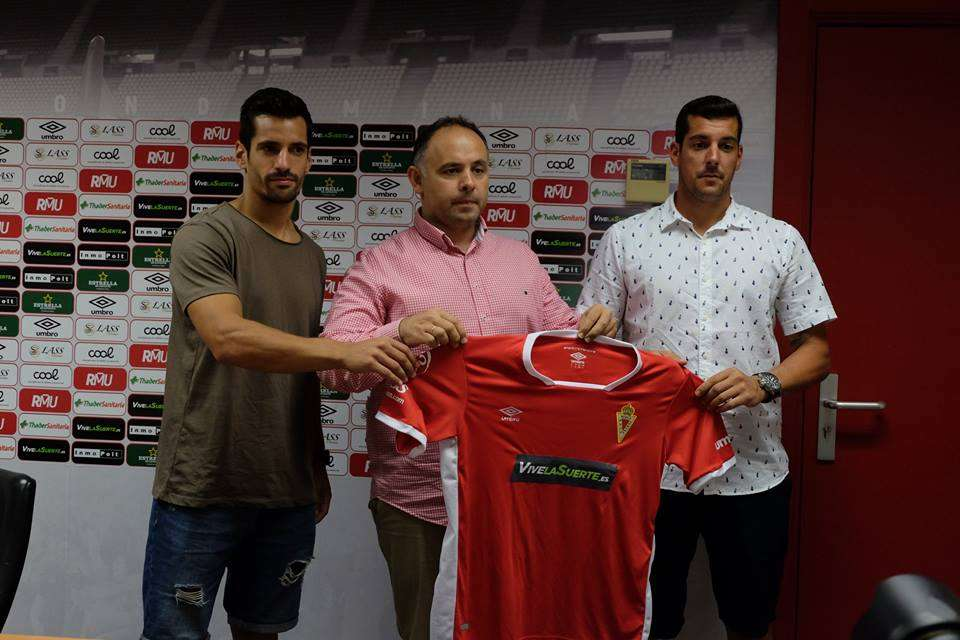 Presentación de dos fichajes del Real Murcia para esta temporada