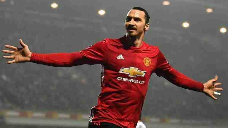 Zlatan Ibrahimovic celebrando gol con el United