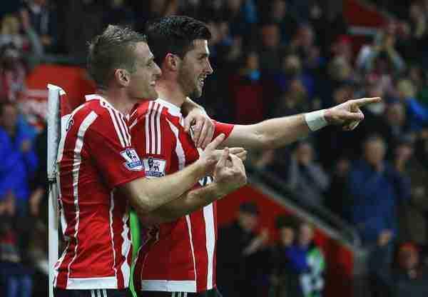 Long Davis Southampton celebra gol