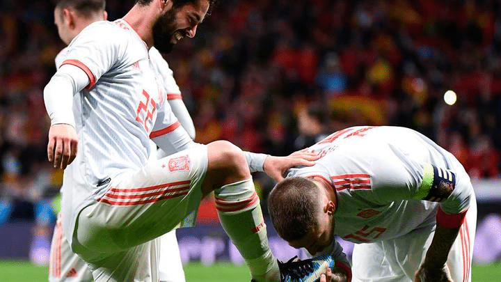 Sergio Ramos besa bota Isco Alarcón