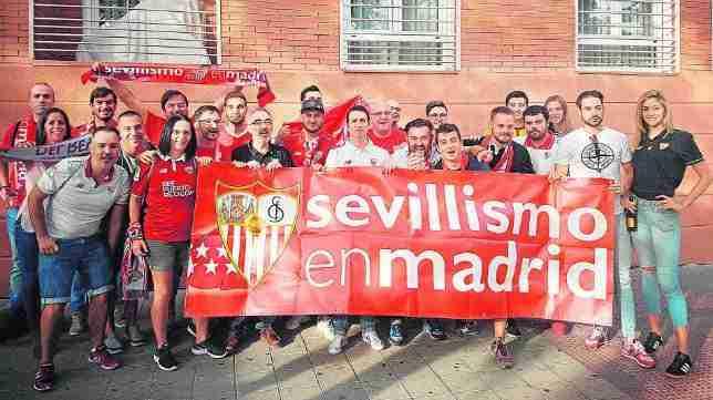 """Aficionados peña """"Sevillismo en Madrid"""""""