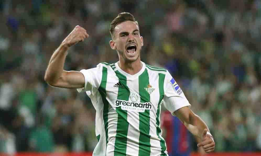 Fabián Betis celebra gol