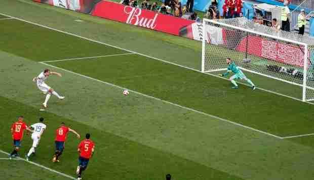 Penalti Rusia España