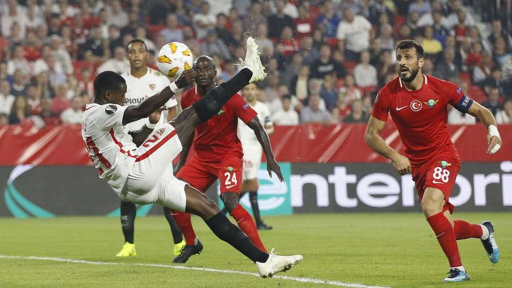 Quincy Promes gol Sevilla