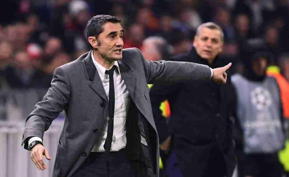 Valverde dando instrucciones Barcelona