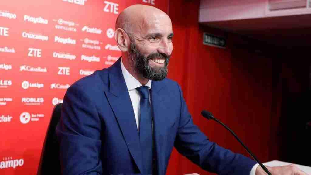 Rueda de Prensa de la Presentación de Monchi por el Sevilla F.C.