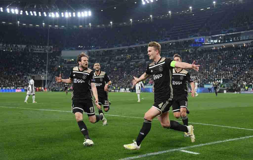 De Ligt celebra gol Juventus Ajax