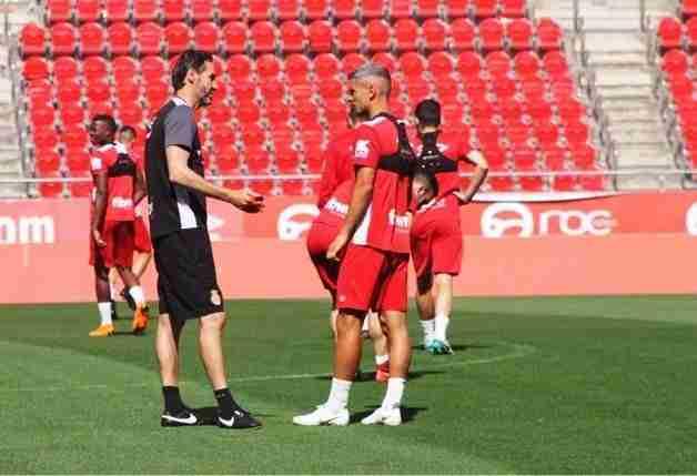 Vicente Moreno y Salva Sevilla en un entrenamiento del RCD Mallorca
