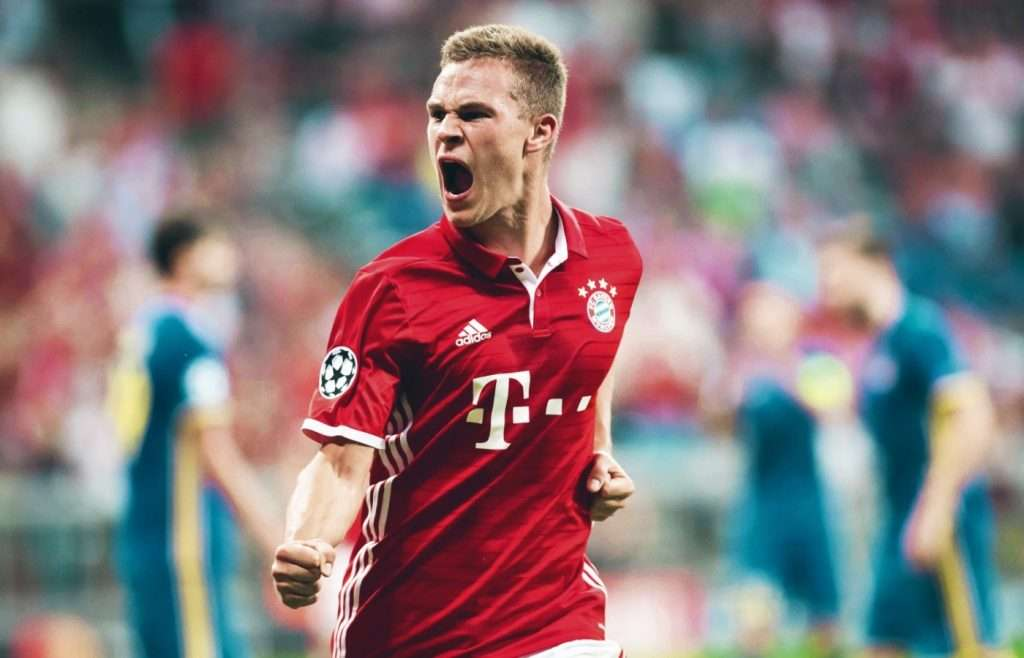 Joshua Kimmich celebra gol Bayern