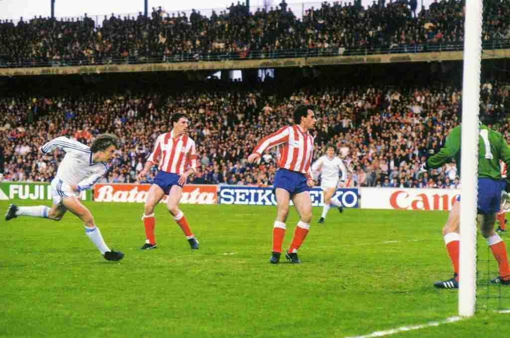Gol Dinamo Kiev Atletico de Madrid 1986