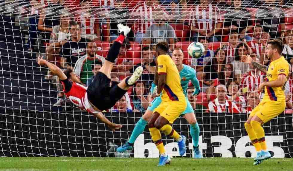 Fútbol Club Barcelona recibe gol de Aduriz