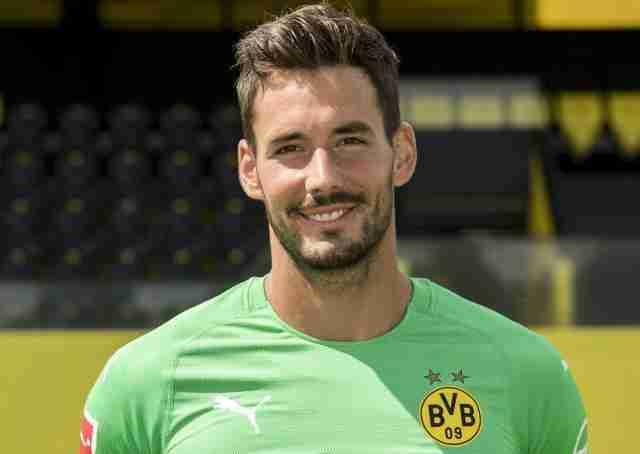 Roman Bürki portero Borussia Dortmund