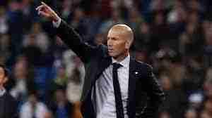 Zinedine Zidane dando órdenes Real Madrid