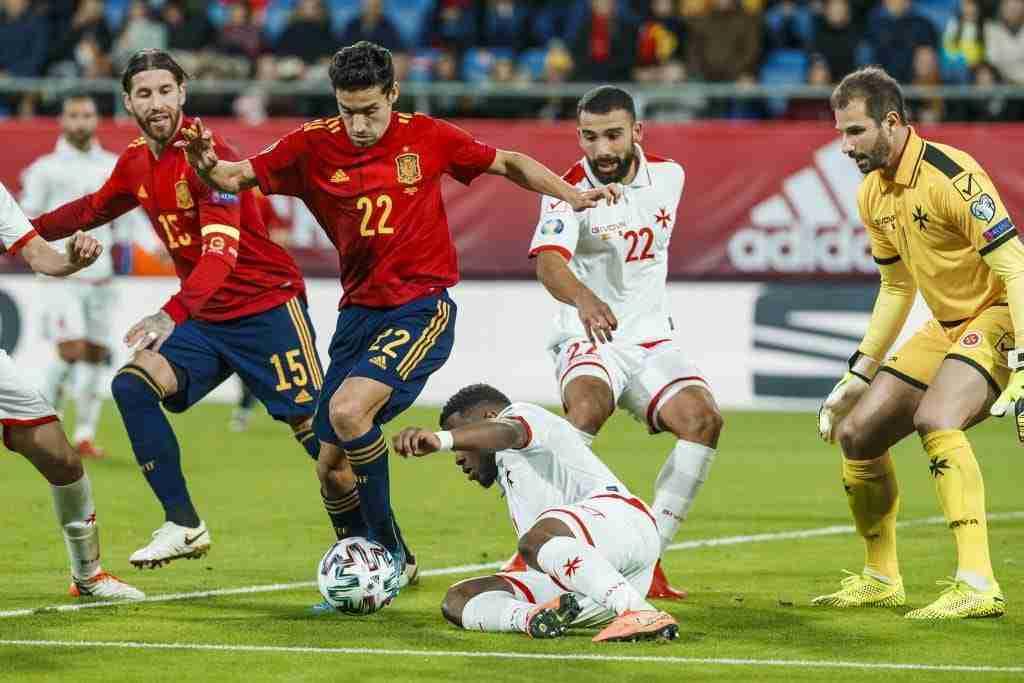 Jesús Navas en el partido España-Malta